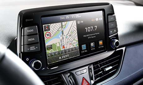 i30 8inch touchscreen